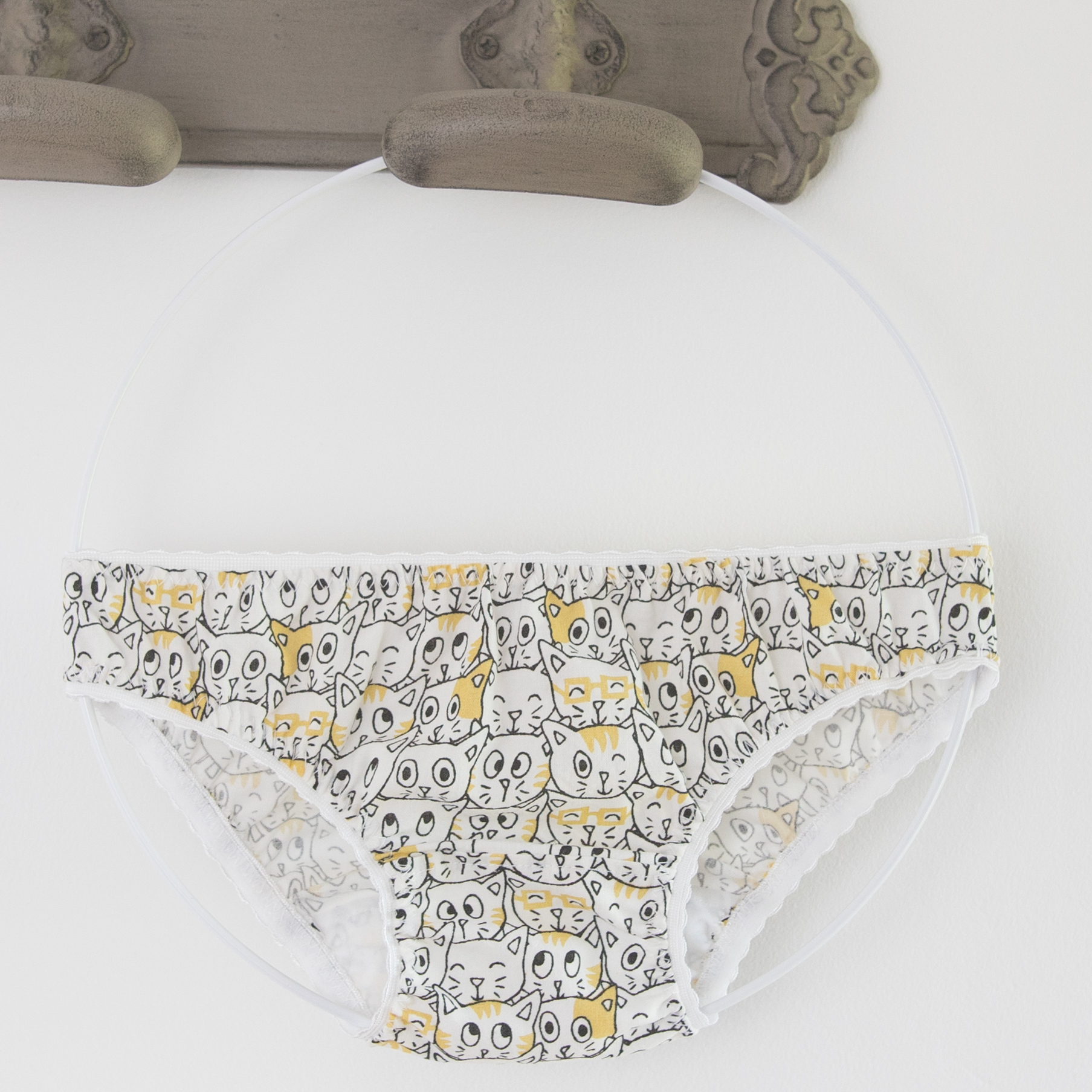 Petite culotte JoliPim' motif chat moutarde JoliPim'