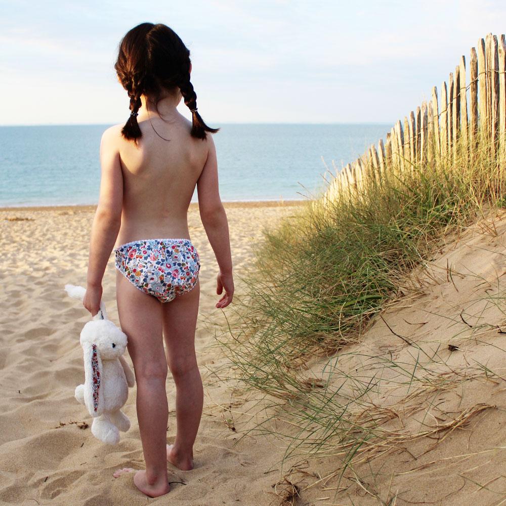 En culotte JoliPim' à la plage
